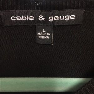Cable & Gauge Sweaters - Cable & Gauge Black Crew Neck Sweater